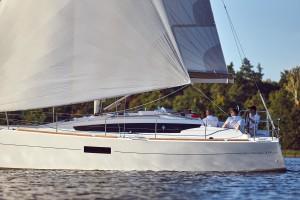 Sun-Odyssey-319(19)