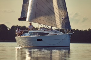Sun-Odyssey-319(31)