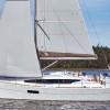 Sun-Odyssey-319(8)